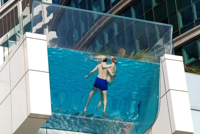 Des piscines extraordinaires voyages bergeron for Hotel piscine montreal