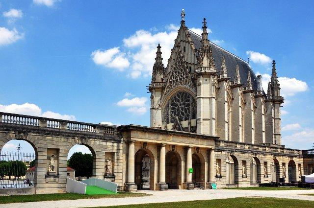 centre des monuments nationaux notre dame de paris