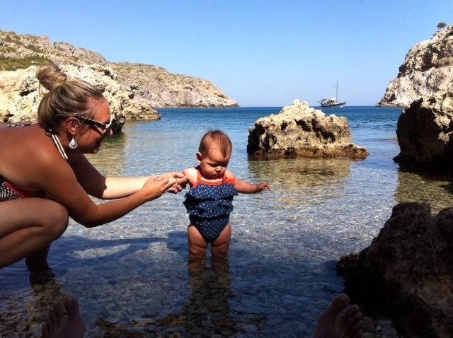 grece avec bébé