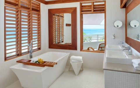 http://couples.com/resorts/swept-away/gallery
