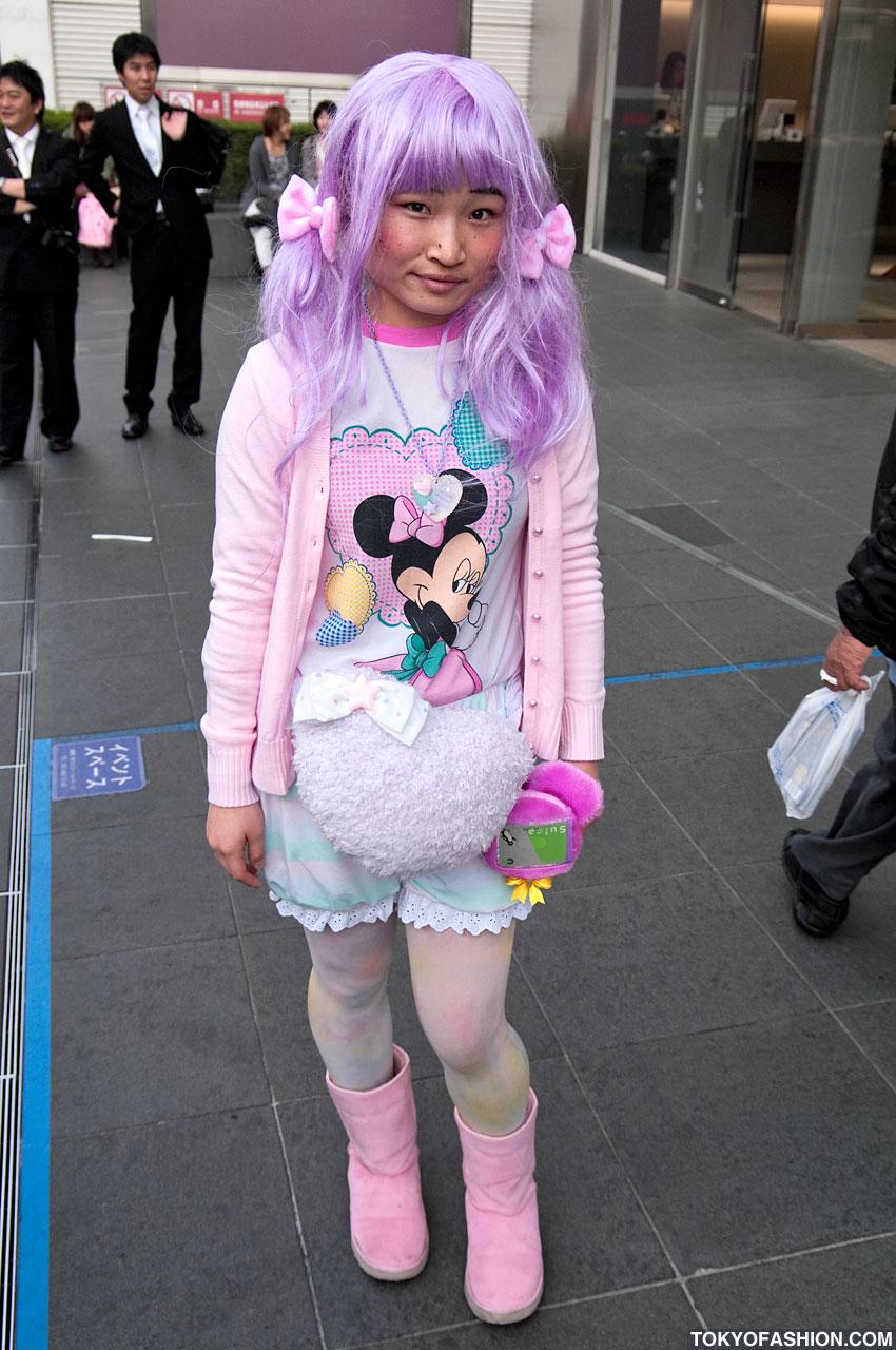 La mode excentrique des jeunes japonaises voyages bergeron Style me pink fashion show