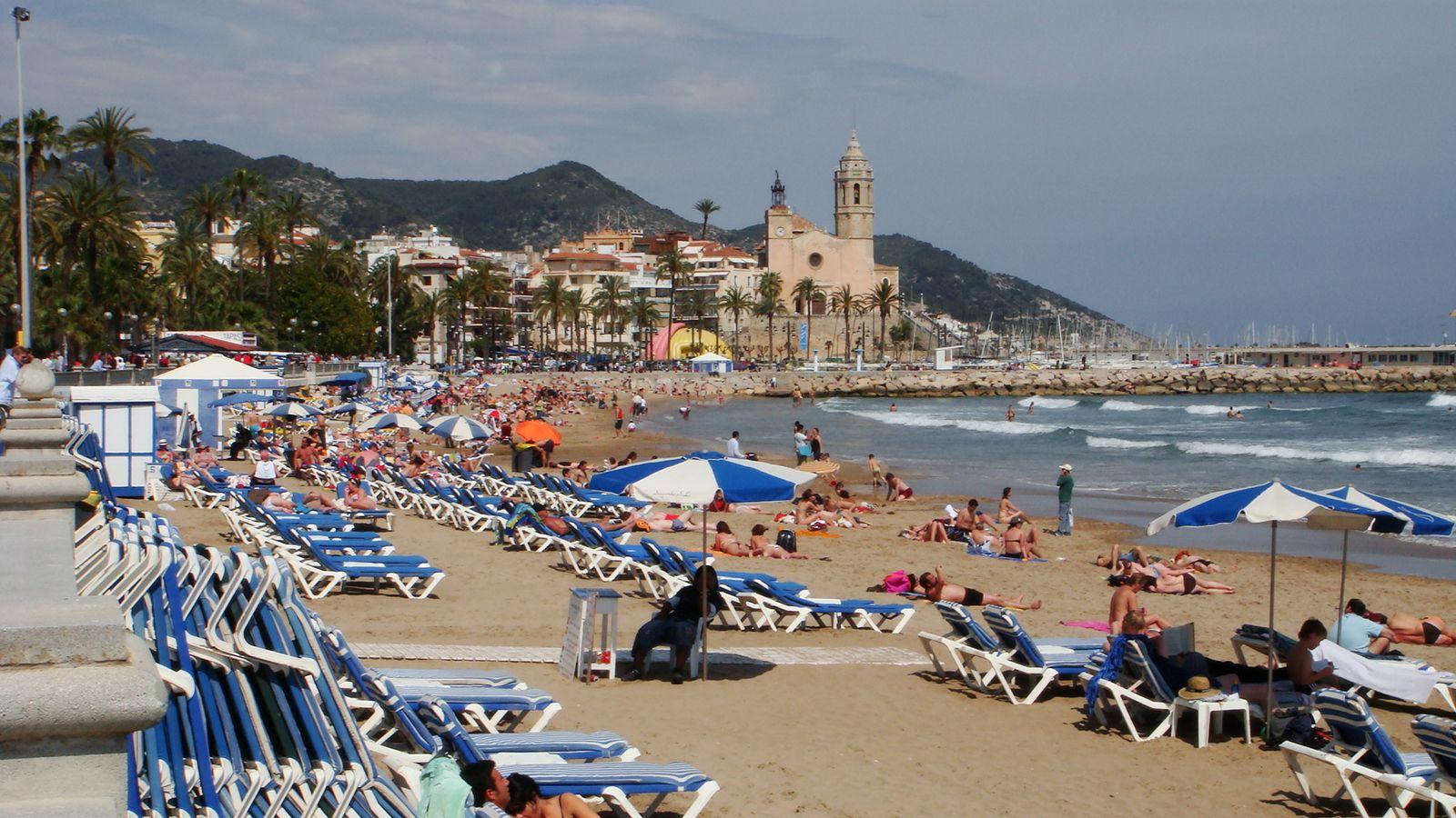 Les dix plus belles plages gays voyages bergeron - Fotos de sitges barcelona ...
