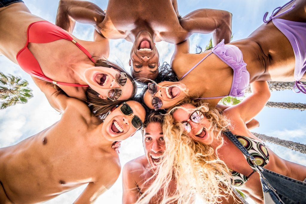 Les destinations tendances où tes amis(es) et toi devez être cet été!